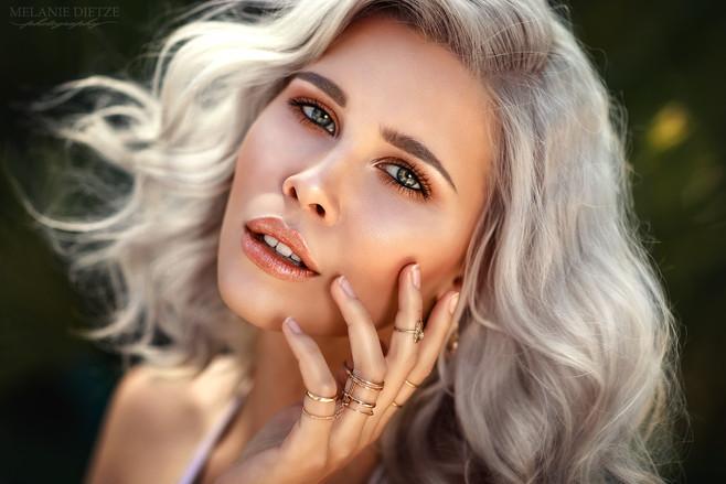 Photographer/Edit/Hair/Make up: Melanie Dietze Model: Fynn