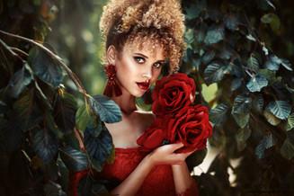 Photographer/Edit/Dress: Melanie Dietze Model: Taynara