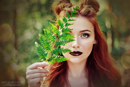 Photographer/Edit/Hair/Make up: Melanie Dietze Model: Anna Maria