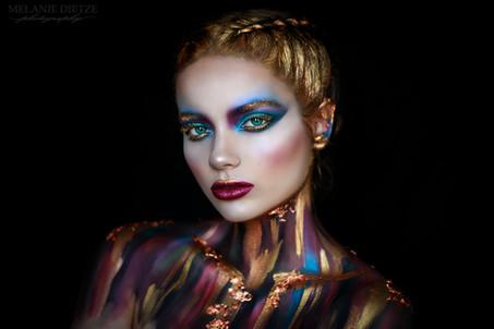 Photographer/Edit/Hair/Make up: Melanie Dietze Model: Anna Luzia