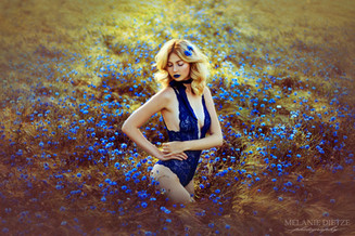 Photographer/Edit/Hair/Make up: Melanie Dietze Model: Pauline