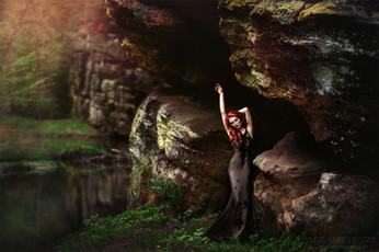 Photographer/Edit/Hair/Make up: Melanie Dietze Model: Olga Dress: Myrelle Couture