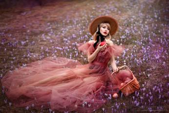 Photographer/Edit/Hair/Make up/Dress: Melanie Dietze Model: Judy