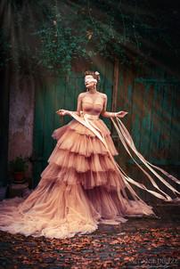 Photographer/Edit/Hair/Make up: Melanie Dietze Model: Gina Dress: Valentina Braun