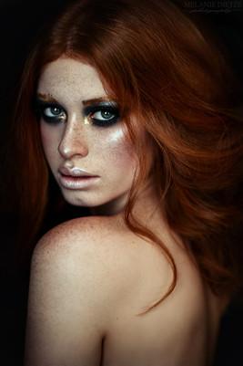 Photographer/Edit/Hair/Make up: Melanie Dietze Model: Sophie