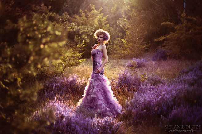 Photographer/Edit/Hair/Make up: Melanie Dietze Model: Laura