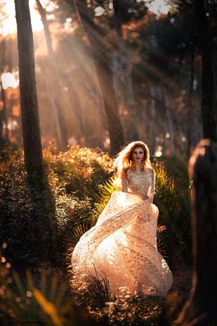 Photographer/Edit: Melanie Dietze Model: Kristina Hair/Make up: WD Make up Dress: Lady CaroLynn