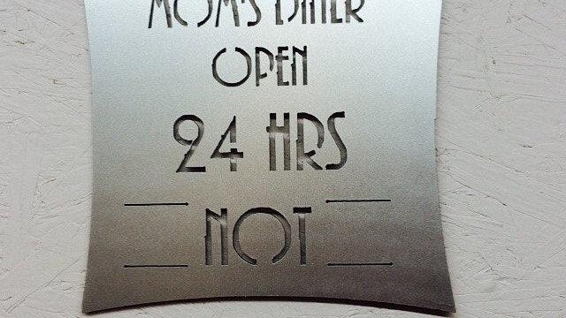 """Moms Diner 12"""" x 12"""""""