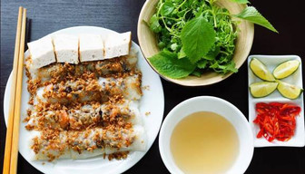 Gia An steamed rolled rice pancake (Bánh cuốn Gia An):