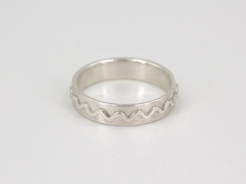 Rippled Band Ring