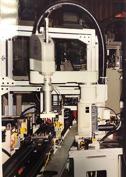SMALL ROBOT IMG_1668.jpg