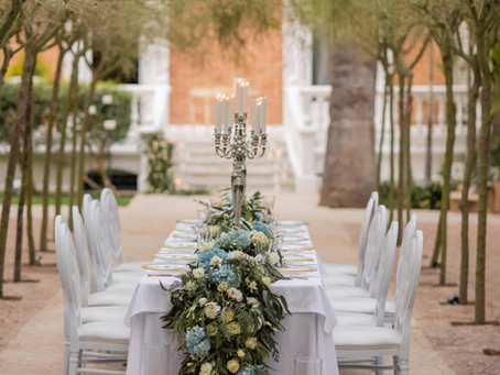 ELEGANT GARDEN WEDDING INSPIRATION WHITE AND BLUE