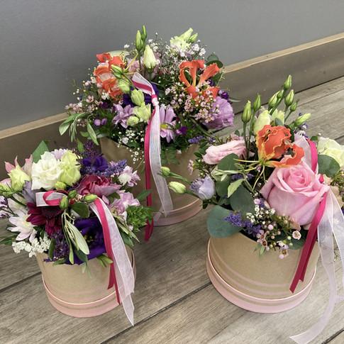 Vázané kytice 35