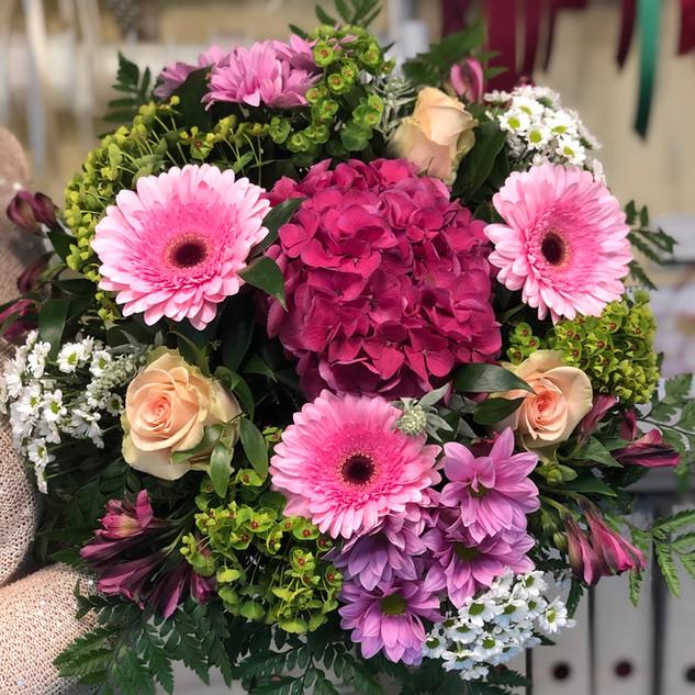 Vázané kytice 24