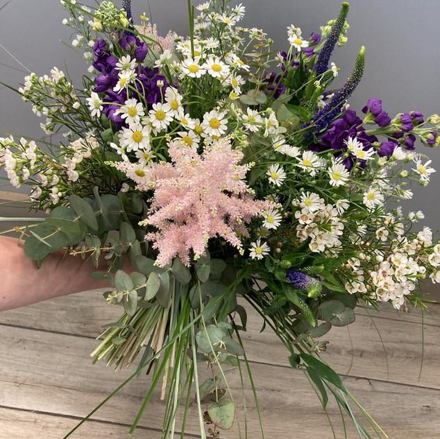 Vázané kytice 38