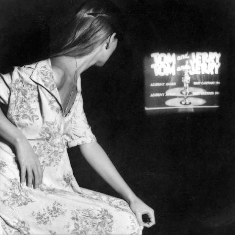 A Film by Tom & Jerry, 1979 100 x 100 cm. (39 x 39 in) Tiraje: 10 unidades Numeradas y firmada por el autor con certificado de garantía de la Galería. Papel Fine Art 325gr. Alfa celulosa Precio: 3.900 €