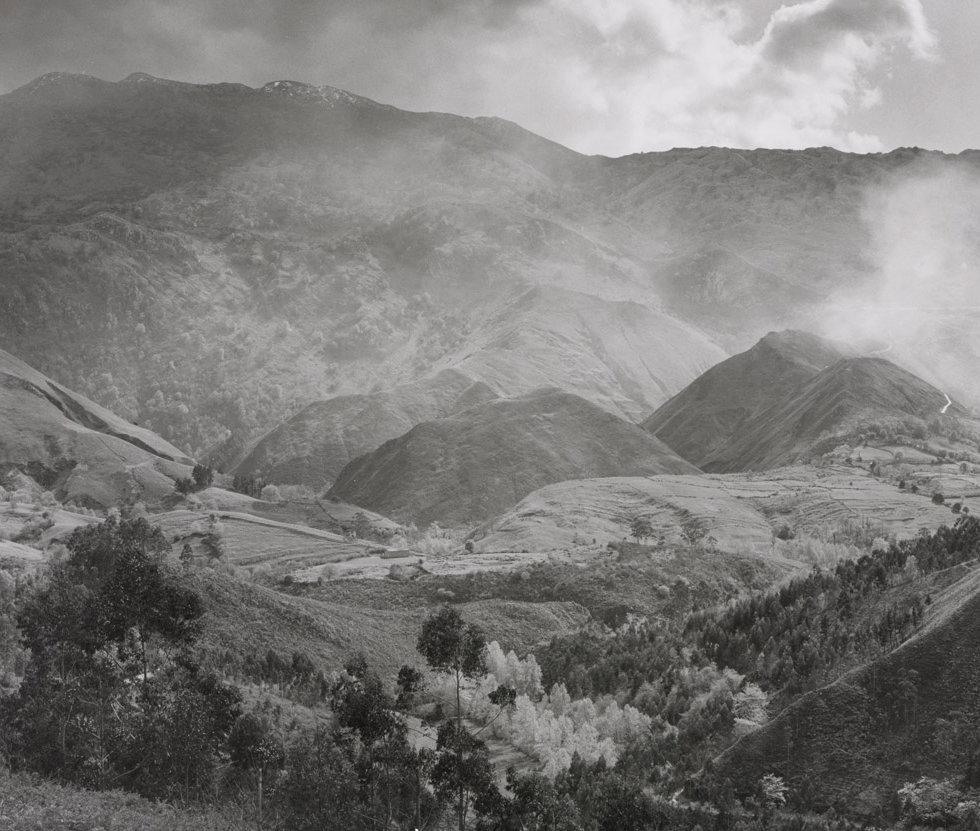 Sierra de Cuera. Llanes 1994, 26x26.jpg