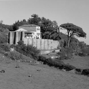 Raíces de mi niñez. La Torre de Niévares, Villaviciosa. 1995