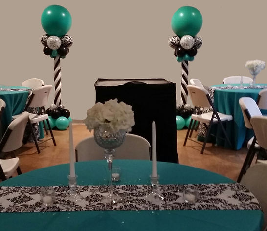 Beautiful Wedding Decor- Balloon Columns