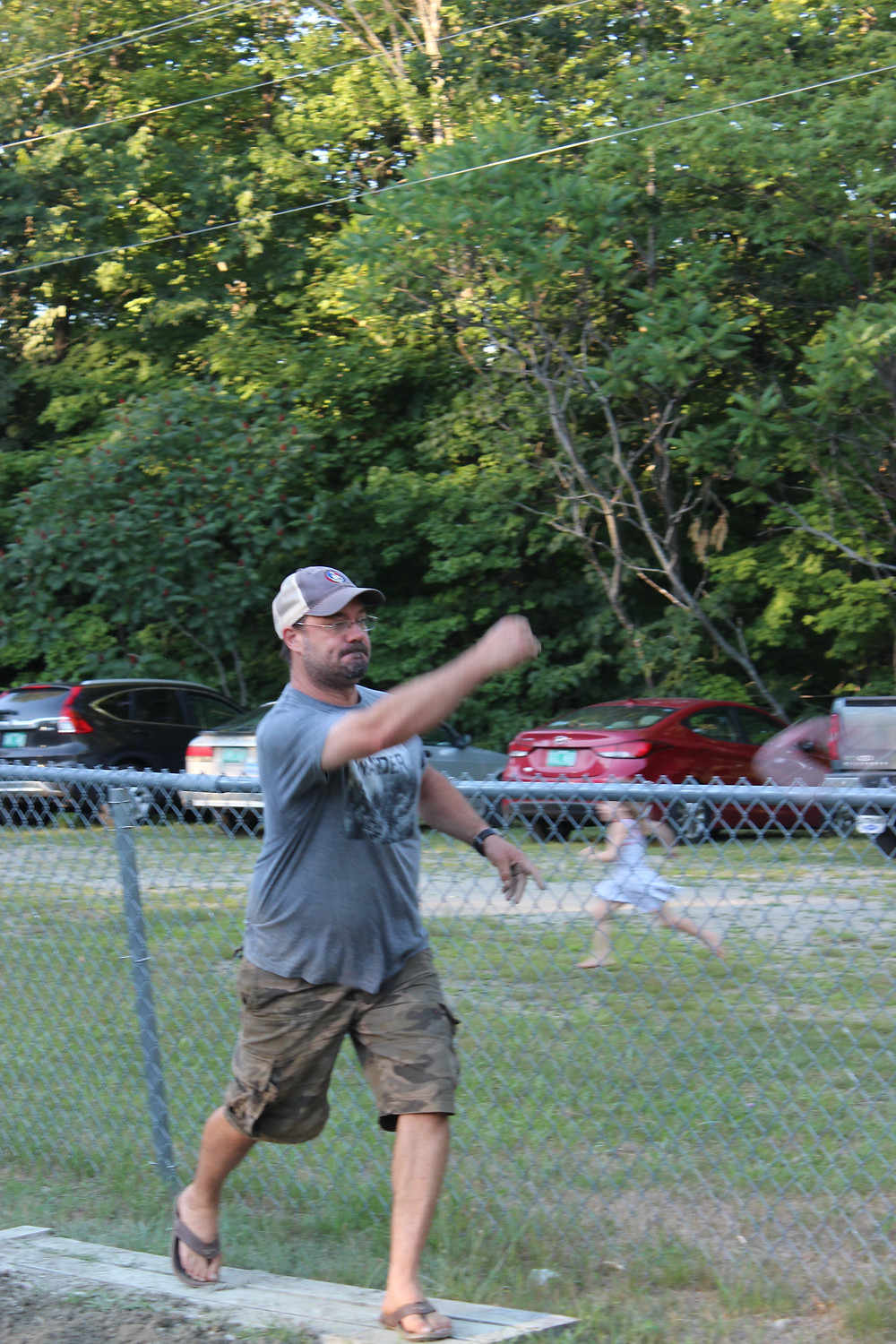 Rob Macri for the Reading team pitches in first round of the Reading-Weathersfield horseshoe tourney.