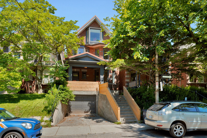 272 Wright Ave