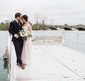 jake-lydia-belle-isle-boathouse-detroit-