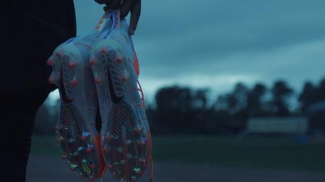 "Nike Vapour ""Untouchable Hero"""