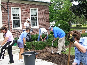 8-gardeners-fowler-library.png