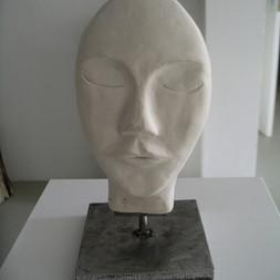 Pile ou face -  Hauteur: 25 cm - Largeur: 14 cm - Prix: 100 €