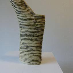 Vase colombin - Hauteur:36 cm - Largeur:20 cm - Prix:150 €