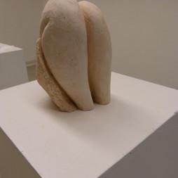 Jeu de jambes - Hauteur:20 cm - Largeur:15 cm - Prix:150 €