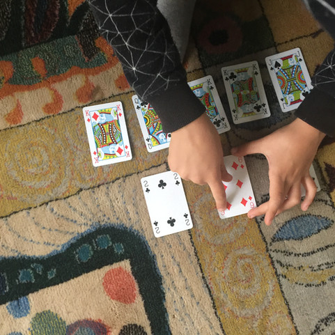 Capture the King - Card Game