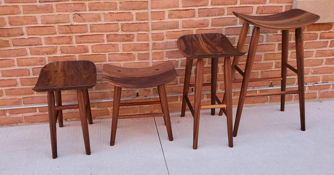 stools hight 1 - fab n made.png
