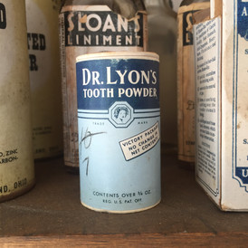 Hildreth's General Store: Tooth Powder