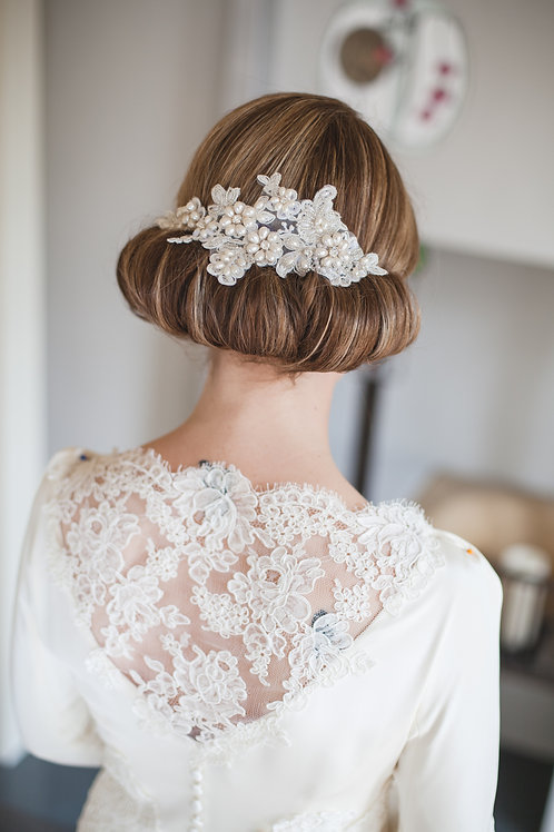 Cassia Lace and Pearl bridal vintage comb