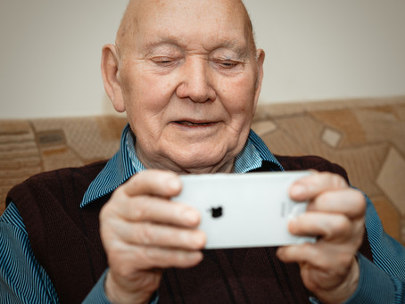 Apps That Help You Stay Connected — A Quick Guide for Seniors