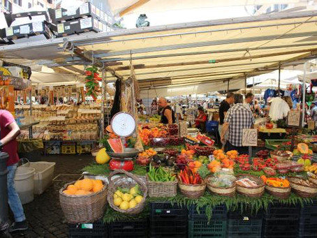 Italian open Markets — The Vibrant Tradition of the Mercato