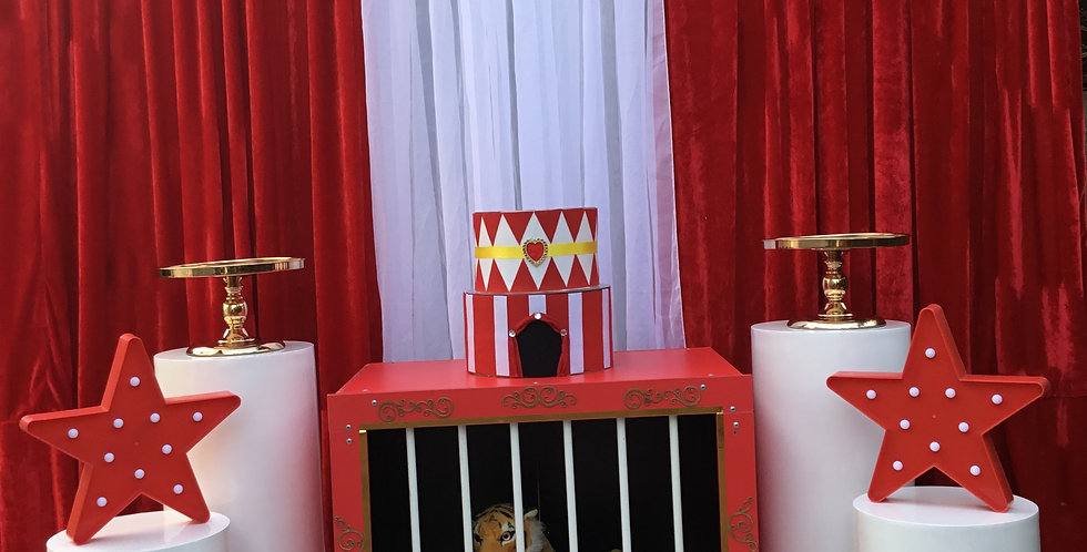 Cage / Circus Themed package