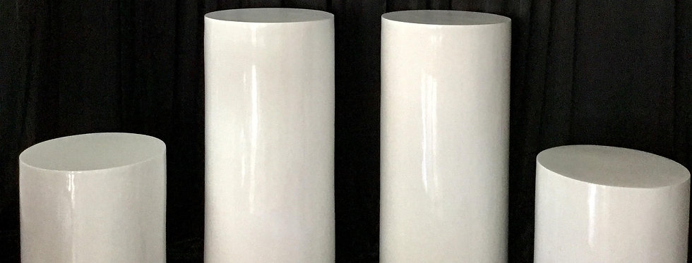 4 High Gloss Round  Plinths Package