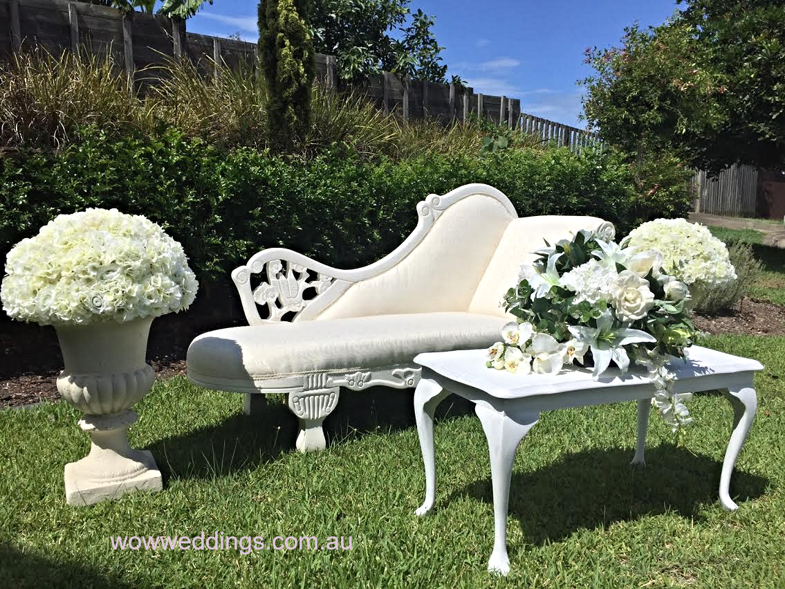 wedding chaise and table