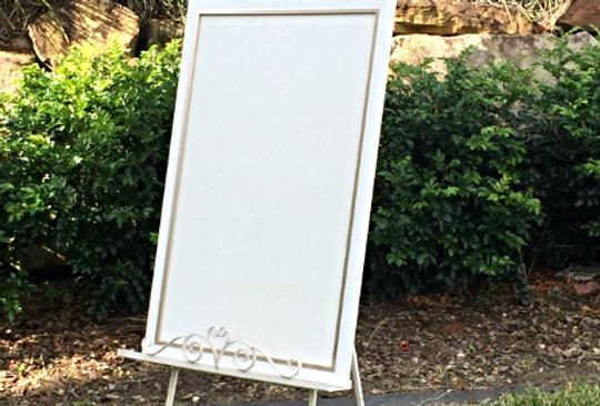 Metal easel with cork board ' Cloe