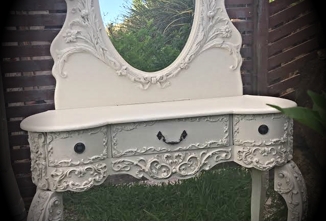 French Provincial ornate dressing table