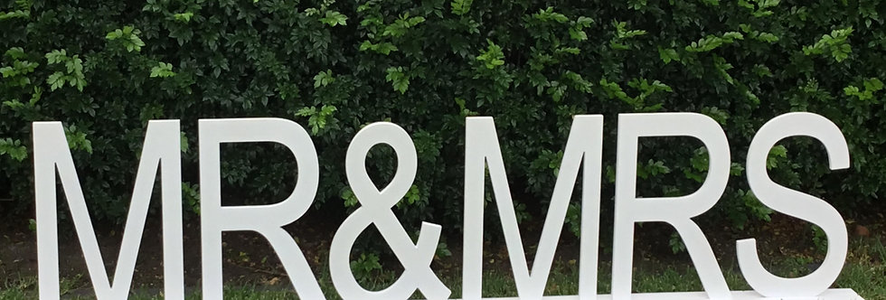 Giant 'MR & MRS Sign' 3meters by 71 cm