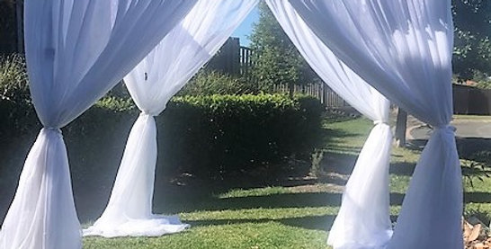 Four Poster Archway Package