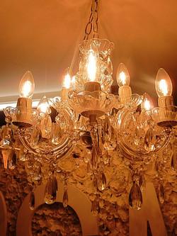 6 Globe chandelier