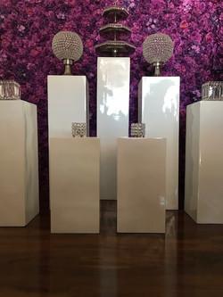 Gloss white pillars
