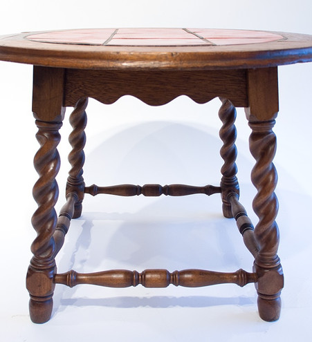 Catalina Island Pottery Toyon Red Round Tile Table