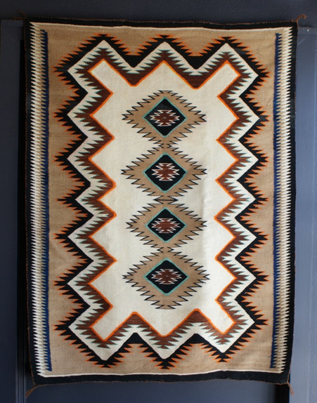 Tec Nos Pos Navajo Weaving