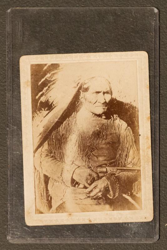 Geronimo Photo Geronimo Photo