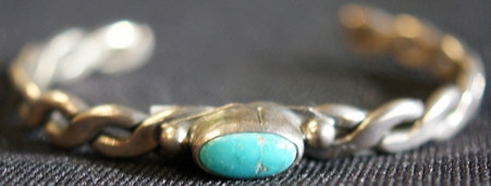 Vintage Navajo Sterling Silver Cuff With Turquoise Stone